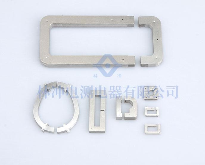 自扣叠装铁芯